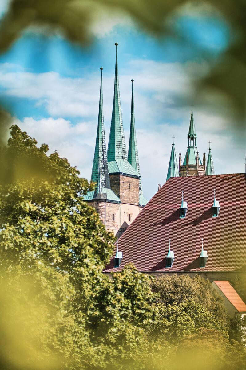 Blick auf die Katholische Kirche St. Severi